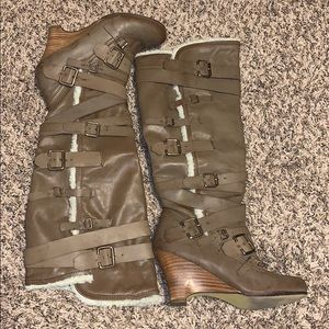 Not Rated, Blizzard style boots from Buckle.